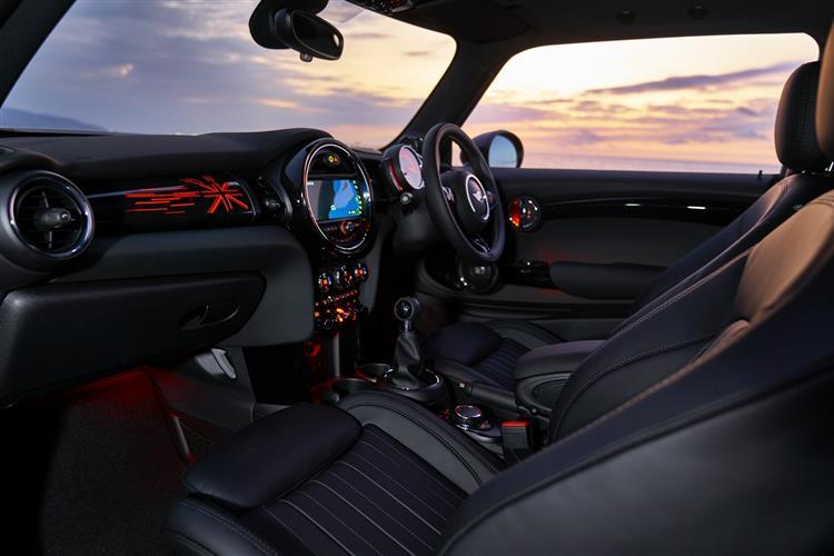 Mini Hatchback 1.5 Cooper Classic 5dr Auto